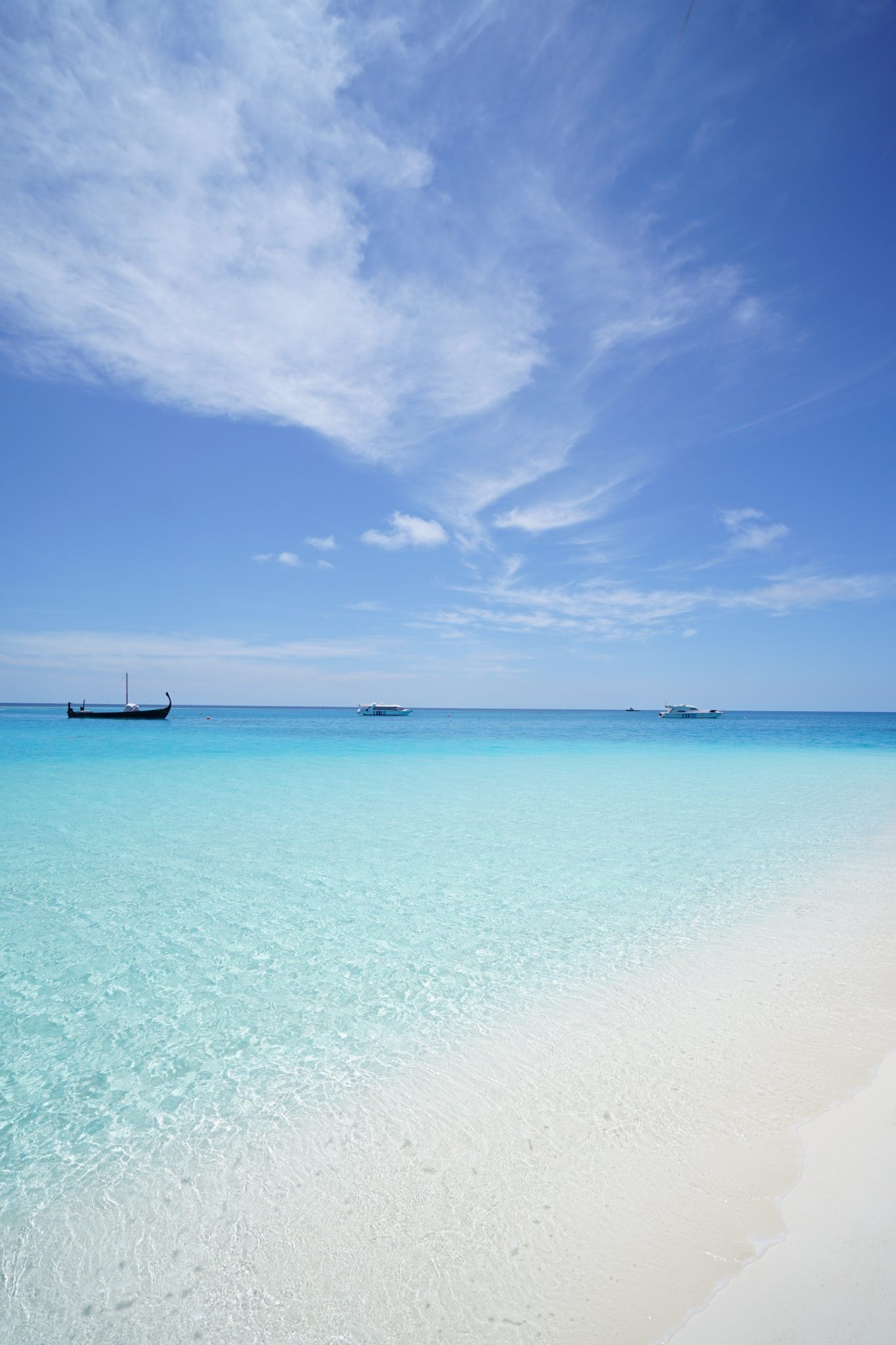Cheap flights from Brussels to Zanzibar - from 355€!